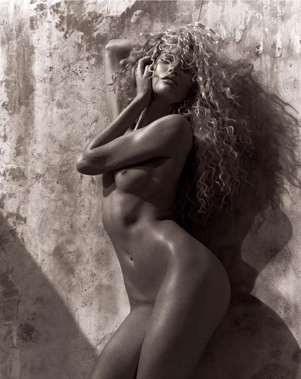 Candice Swanepoel,Mariano Vivanco,editorial, photographer,fashion,naked,bare,nue, sexy, modeling, summer, spring, printemps, été, blond, photographe, mode, luxe, luxury, black, white, portrait, glamour, mer, sea, ocean,blonde,blond,hair