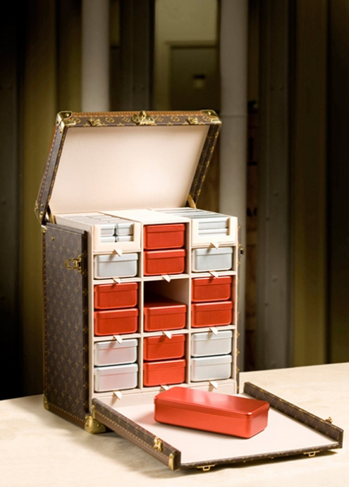 louis-vuitton-red-cross-monogram-medicine-box-2.jpg