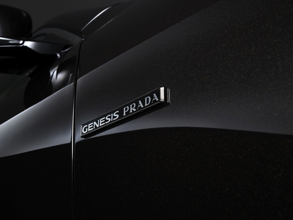 prada,miuccia,miuccia prada,hyundai,genesis,luxury,car,luxe,automobile,collaboration,korea,core du sud,association,partenariat,haut de gamme,constructeur