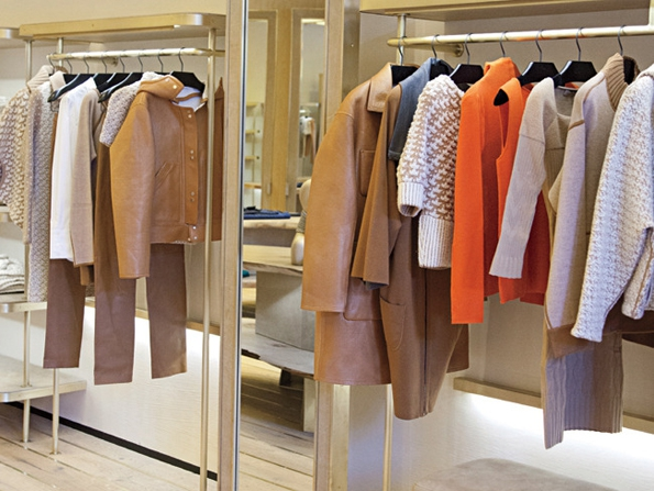 ullens,maison ullens,myriam ullens,fashion,mode,prêt à porter,ready to wear,véronique leroy,fashion designer,new brand,nouvelle marque,marque,luxe,luxury,trends,tendances,fashion blog,fashion blogger,streetwear,chic,casual,parisienne,paris