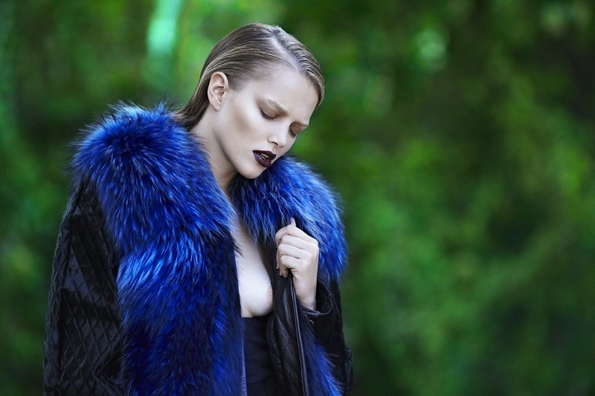 Zosia Nowak,Elle Greek,Dimitris Skoulos,éditorial,éditorial mode, editorial, fashion editorial, fashion photographer, photographer,photographe,photographe de mode,mode, fashion, black, white, noir, blanc, sexy, modeling,modèle, luxe, luxury, portrait, glamour, mannequin, lovely, gorgeous, heels, stilettos look, naked, bare, nude, mood, ambiant, ambiance, luxsure, sensuelle, flower,exotic