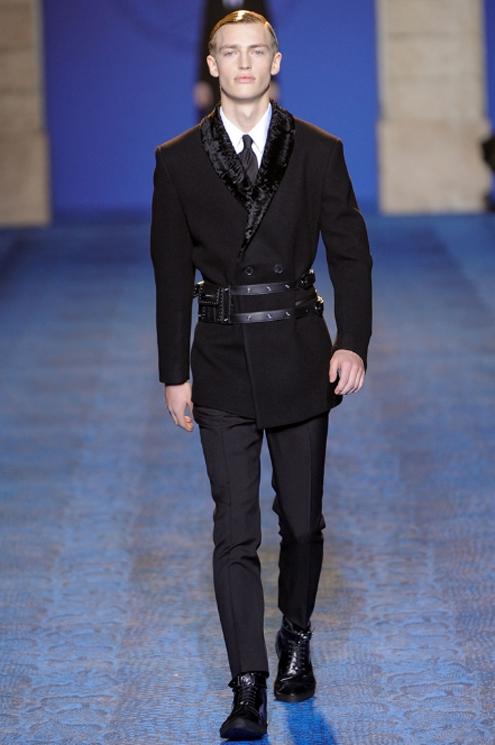 Versace FW2011 - 03.jpg