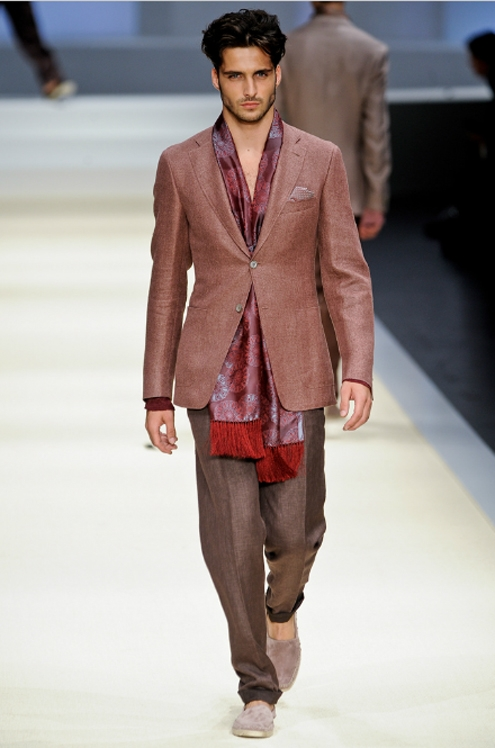 Canali SS2012 - 03.jpg