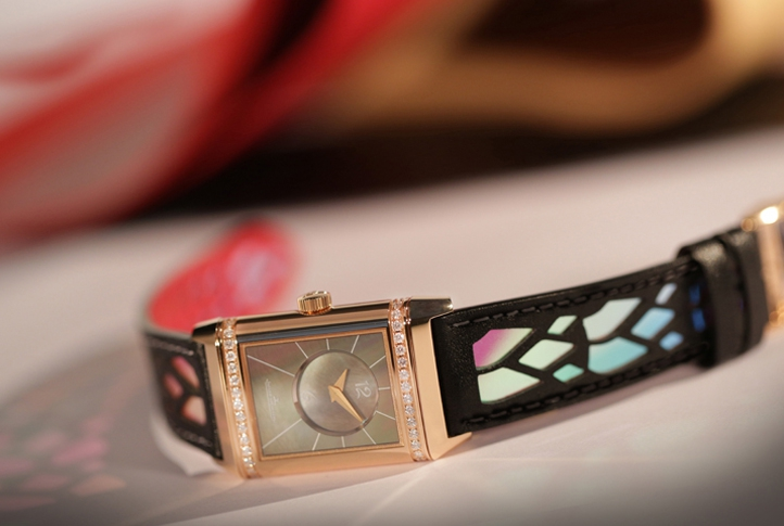 Jaeger-LeCoultre Reverso creation by Christian Louboutin 1.jpg
