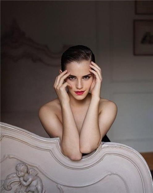 Emma Watson - Mariano Vivanco 01.jpg