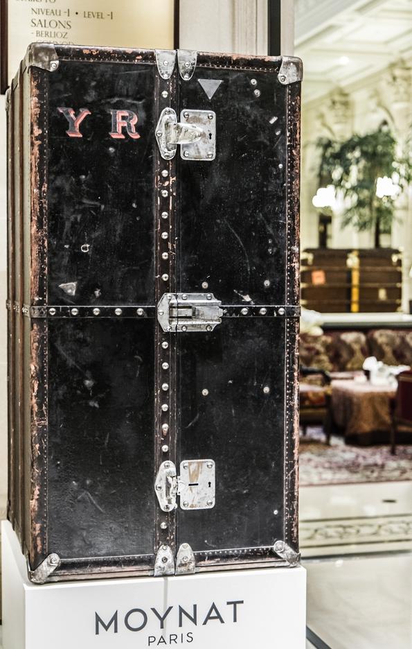 moynat,moynat paris,sac,bag,femme,woman,réjane,rejane,paradis,valise,limousine,rejane clutch,rejane pochette,malletier,sacs,maroquinerie,trunks,trunk,luxe,luxury,pauline moynat,story,ramesh nair,directeur,artistique,art,direction,faubourg saint honoré,malle,malles,élégance,leather,artisanat,artisan,collaboration,l'optimum,psg,exposition,exhibition,intercontinental,la mémoire des malles