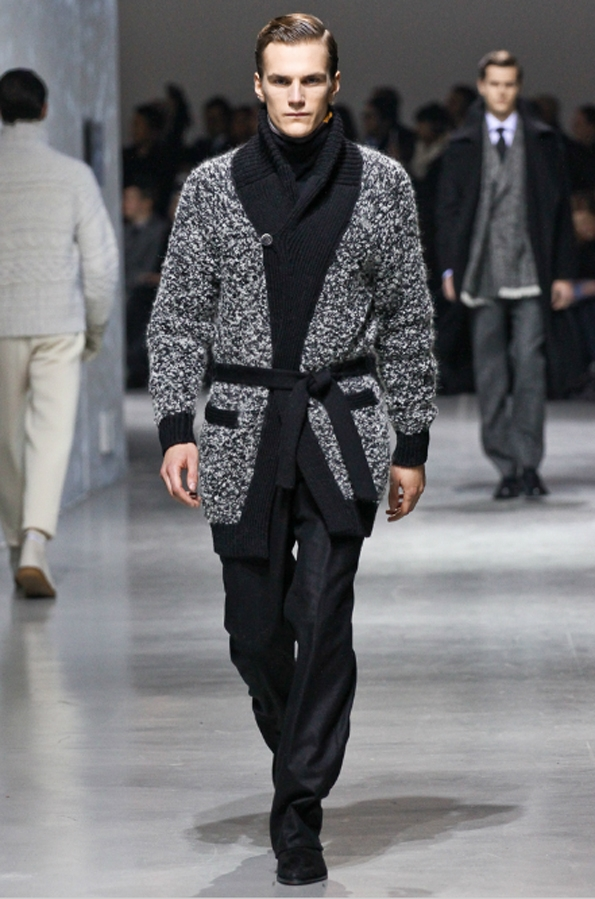 corneliani,men,hommes,uomo,fashion,mode,moda,automne,fall,autumn,hiver,winter,collection,2012,créateur,designer,italia,italie,italy,luxe,luxurt,tailor,costumes,costume,suit,pull over,laine,manteau,oversize,snow,white,warm,suisse,switzerland