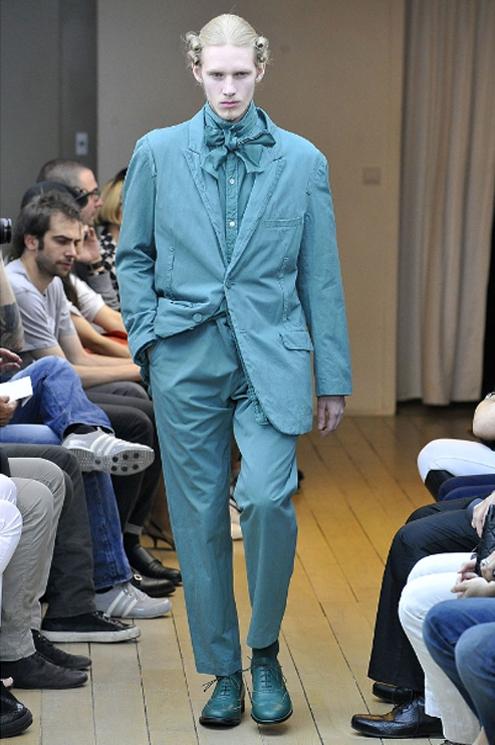 BG - Yohji Yamamoto SS2011 .jpg