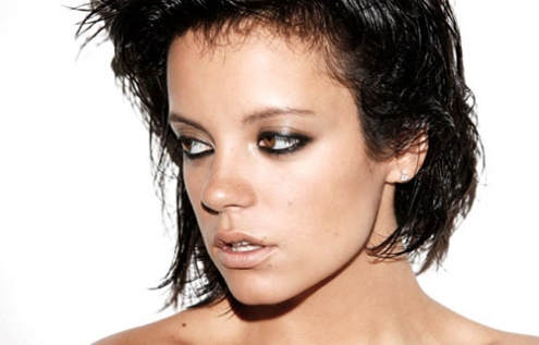 lily-allen-topless-gq-uk-08.jpg