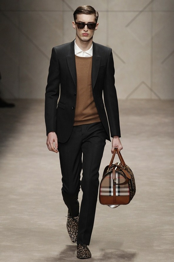 burberry prorsum,christopher bailey,men,hommes,fashion,mode,fall,winter,automne,hiver,collection,2013,créateur,designer,london,londres,milan,milano,luxe,luxury,fluo,tendances,trends,fashion designer,créateur de mode,chic,élégant,dandy,color,couleur,gentlemen,gentleman,farmer,accessoires,accessories,accessory,central park,new-york