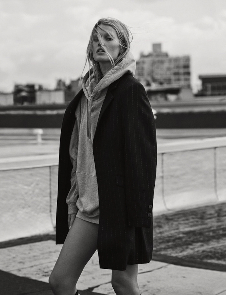 Toni-Garrn-by-Matthew-Brookes-for-GQ-Germany-2.jpg