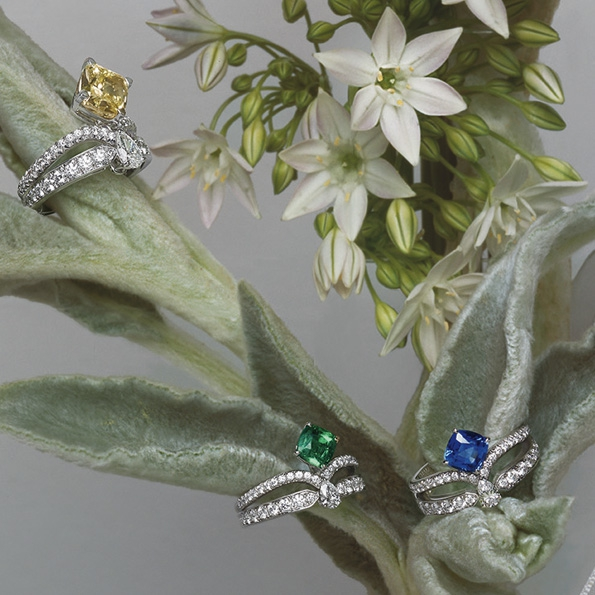 chaumet,haute joaillerie,fine jewellery,joséphine,impératrice joséphine,collection,boucles d'oreilles,bague,ring,cuff,necklace,collier,lvmh,luxe,luxury,joaillerie,jewelry,jewellery,diadème,tiare,couronne,diamant,diamonds,or,gold,white gold,or blanc,platine,place vendôme,paris,france,french,blog,magazine,rondes de nuit,aigrette impériale,éclat floral,aube printanière