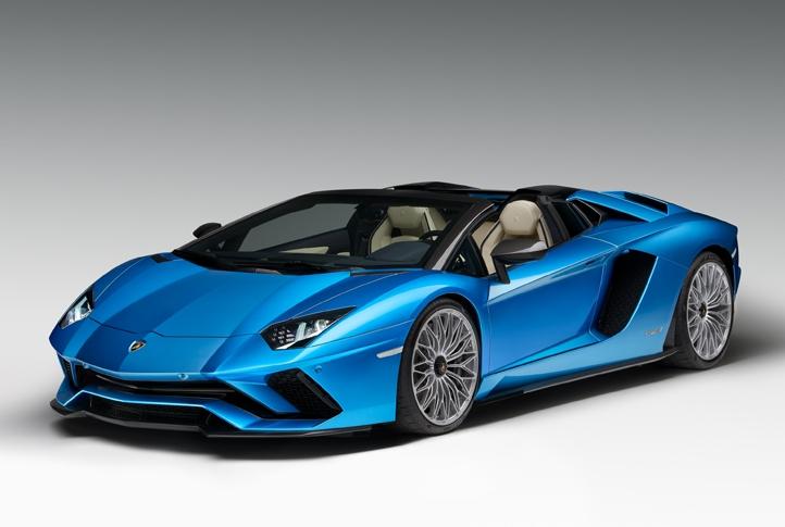 07_Lamborghini_AventadorS_Roadster.jpg