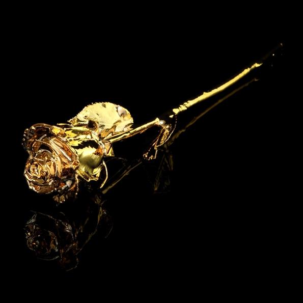 goldgenie,frank fernando,gold,or,platine,platinum,prestige,rare,exclusif,exclusive,luxe,luxury,or rose,gold pink,précieux,roses,bouquet de rose,rose en or,golden rose,saint valentin,bijou,bijoux,joaillerie,precious,idée cadeaux,amour,love,amoureux,gift,valentine's day,