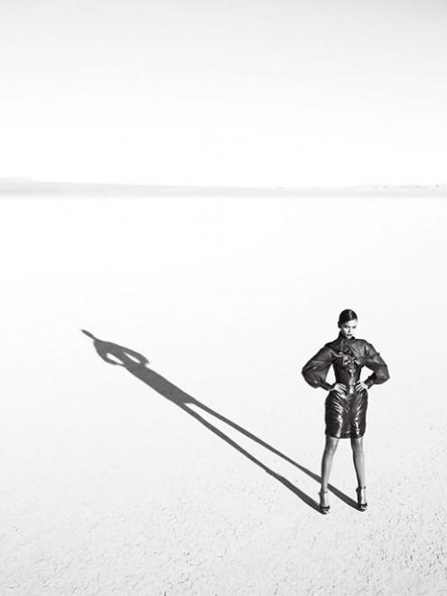 liya kebede - Alexi Lubomriski 01.jpg