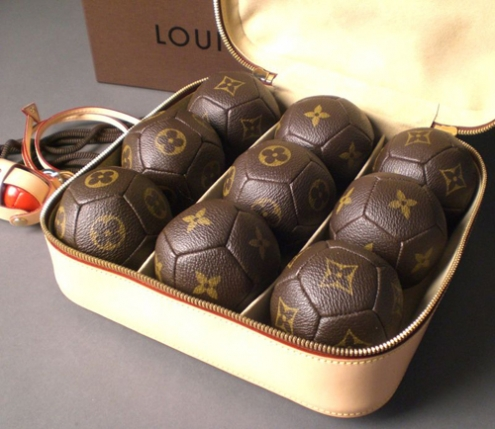 lv-petanque-set.jpg