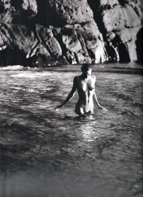 Miranda Kerr - Russell James 11.jpg