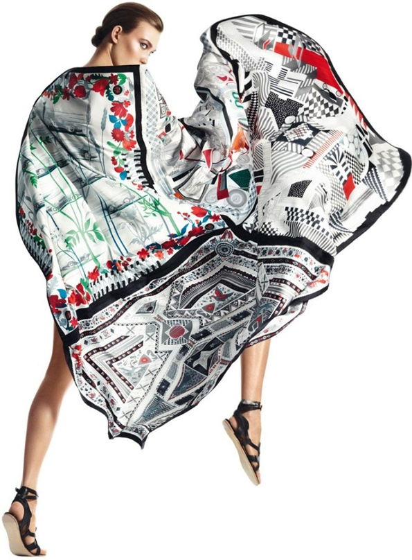 karlie kloss,david sims,hermès,ss 2013,silk,foulards,carré,soie,femme,feminity,woman,éditorial mode,éditorial,mode,édito,editorial,fashion editorial,fashion photographer,photographer,photographe,photographe de mode,fashion,sexy,model,modeling,modèle,luxe,luxury,portrait,glamour,mannequin,lovely
