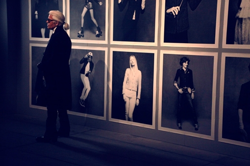 chanel-the-little-black-jacket-exhibition-seen-by-anne-combaz.jpg