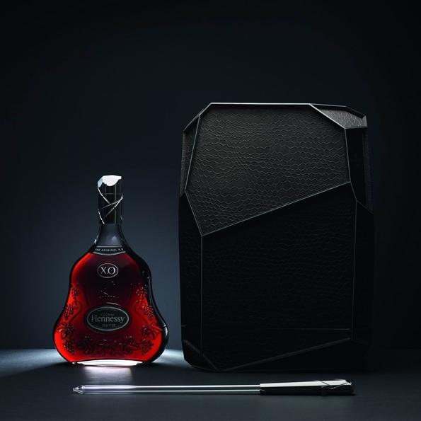 hennessy,mathusalemn,cognac,xo,lvmh,louis vuitton,moët,luxe,liquor,french,eau de vie,gastronomie,art de vivre,lifestyle,flavor,décanteur,decanter,marie virginie berbet,arik levy,collaboration,limited edition,bottle,luxe,spiritueux