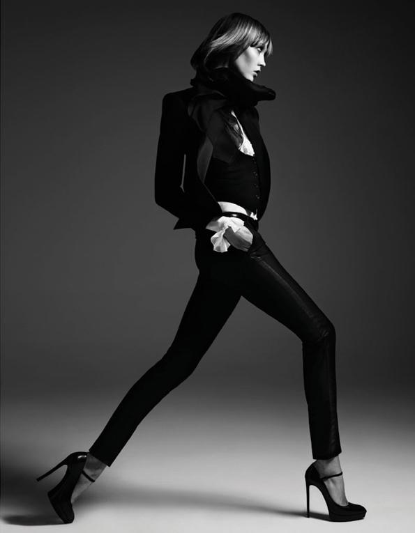 karlie kloss,hedi slimane,feminity,woman,éditorial mode,éditorial,mode,édito,editorial,fashion editorial,fashion photographer,photographer,photographe,photographe de mode,fashion,sexy,model,modeling,modèle,luxe,luxury,portrait,glamour,mannequin,lovely,spring,fur,printemps,magazine,vogue,vogue japan,japan,japon
