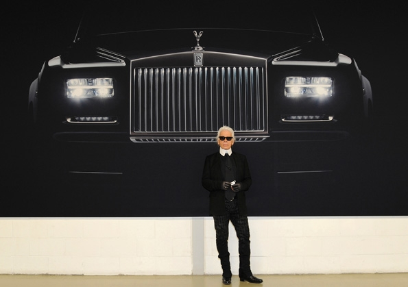 rolls-royce,a different view,karl lagerfeld,photographer,photograph,exhibition,exposition,art,rolls-royce cars,phantom,ghost,art basel miami,art basel,icons of art,john zinsser,marie-jo lafontaine,isaac julien,luxury,luxe,luxury arts,rolls, royce, phantom, automobile, drophead coupé, coupé, ghost, new phantom, nouvelle phantom, brand-new, nouveauté, exclusive, luxury car, yacht, leather, wood, gold, flying spirit, lady of ecstasy, silver, precious,bespoke, sur mesure, unique, experience,fashion,mode,