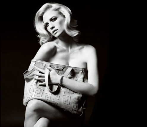 versace-handbag-January-Jones-468x404.jpg