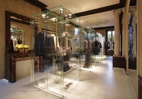 chanel,saint-tropez,boutique,éphémère,pop up store,karl lagerfeld,fendi,fashion,mode,trends