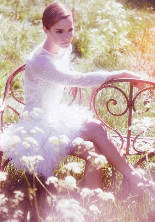 Emma Watson - Alexi Lubomirski 06.jpg