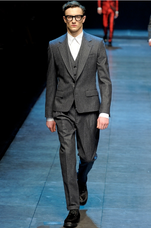 Dolce Gabbana - FW2011 01.jpg