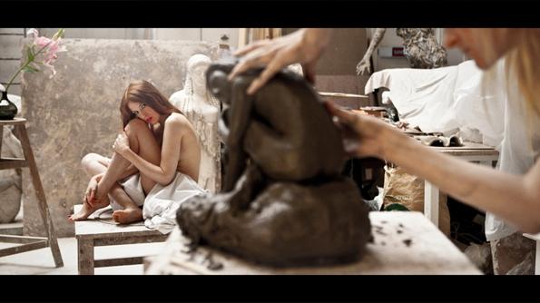 james bort,manifesto,parfum,femme,women,new,nouveau,film,video,paris,new-york,manifeste,ysl,stefano pilati,yves saint laurent,saint laurent,hedi slimane,fashion,mode,créateur,creator,élégance,ready to wear,prêt à porter,luxe,luxury,trends,tendances,féminin,sulfureux,lumière,light,projet,artistique,art