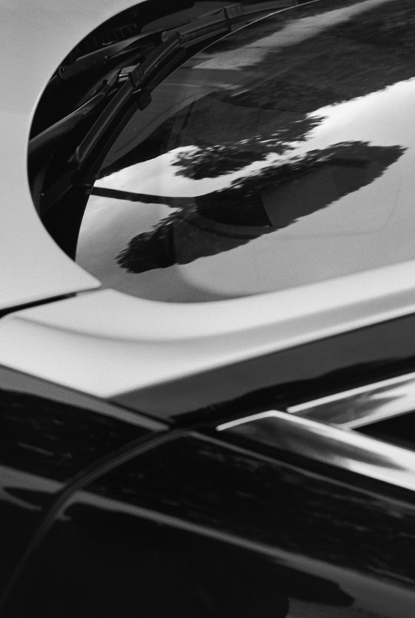rolls-royce,a different view,karl lagerfeld,photographer,photograph,exhibition,exposition,art,rolls-royce cars,phantom,ghost,art basel miami,art basel,icons of art,john zinsser,marie-jo lafontaine,isaac julien,luxury,luxe,luxury arts,rolls, royce, phantom, automobile, drophead coupé, coupé, ghost, new phantom, nouvelle phantom, brand-new, nouveauté, exclusive, luxury car, yacht, leather, wood, gold, flying spirit, lady of ecstasy, silver, precious,bespoke, sur mesure, unique, experience,fashion,mode,chanel