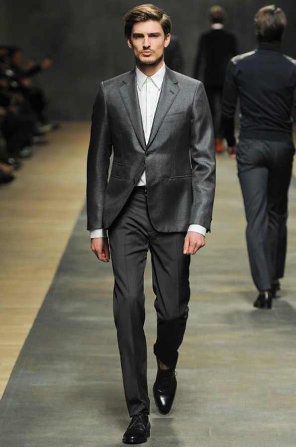 hermès,christophe lemaire,véronique nichanian,collection,homme,men,fall,winter,automne,hiver,2012,2013,mode,fashion,paris,luxe,élégance,trends,tendances,trendy,accessoires,kelly,birkin,hac,sac,bags,luxury,faubourg,saint-honoré,sellier,cuir,artisanat,malletier,orange