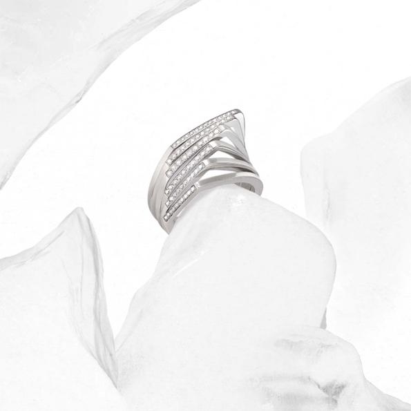 lorenz bäumer, joaillier, joaillerie, jewelry, jewellery,luxe, gold, or, diamant, diamond, place, vendôme,place vendôme,paris,france,french, luxury,automne,hiver,fall,winter,2013,création,creation,cold,snow,neige,snowflake,flocons,bague,ring,collier,nekclace,boucles d'oreilles,bijoux,tendances,trends,blogueur,mode,fashion,blog luxe