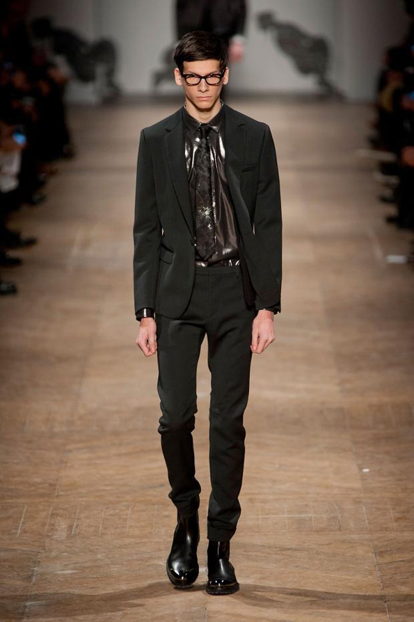 viktor & rolf,viktor and rolf,viktor,rolf,mode,fashion,men,homme,collection,fall,winter,automne,hiver,2013,hollande,hollandais,dutch,paris,france,french,fashion show,luxury,luxe,trends,tendances,black tie,blog,mode,blogger,fashion blogger