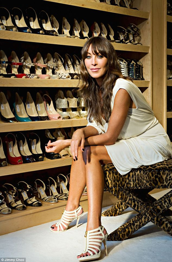 jimmy choo,icons,book,livre,rizzoli,new-york,exclusive,pictures,shoes,sex in the city,carrie bradshaw,tamara mellon,anniversary,brand,carly,ferrari,glenys,monte,murial,mary,zap,fringe