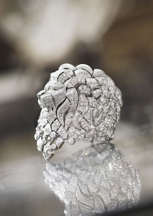 karl lagerfeld,chanel,chanel joaillerie,joaillerie,jewellery,jewelry,fine jewellery,fine jewelry,haute joaillerie,joaillier,gold,or,diamant,diamond,diamants,diamonds,place vendôme,vendôme,direction artistique,fashion designer,luxe,luxury,coco chanel,gabriel chanel,venise,sérenissime,astrologique,lion,wertheimer,groupe wertheimer