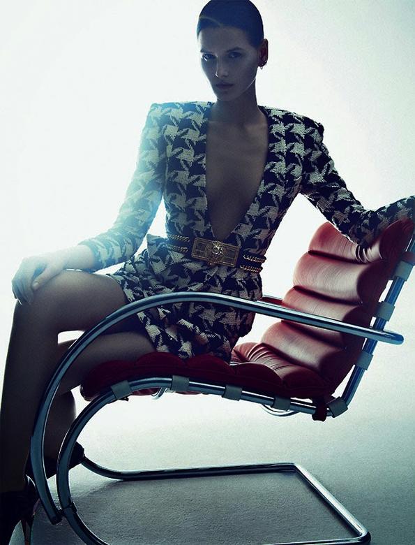 kaitlin aas,sebastian kim,numéro,numéro magazine,magazine,fille,girl,week-end,fashion,editorial,edito,mode,modèle,modeling,top model,fashion photographer,photographe de mode,photographe,photographer,luxe,luxury,glamour,élégance,sexy,nude,naked,arts,art,fashion magazine,magazine de mode,série de mode,stylisme,tendances,trends,femmes,femme,women,woman,winter